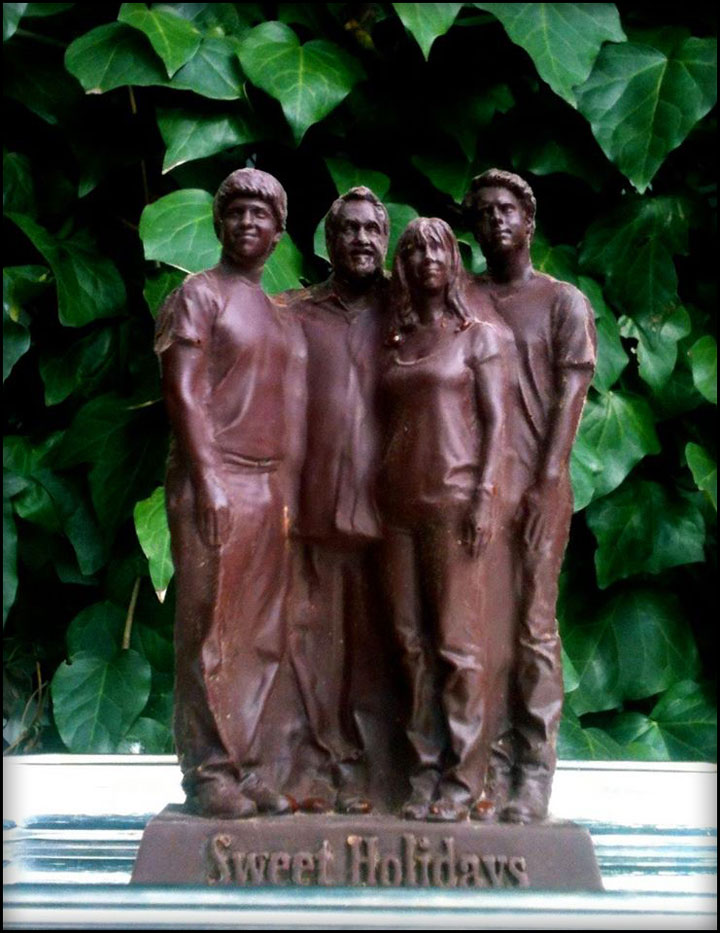 Grando Cioccolato Chocolate 3D custom statue academy award winning producer jon landau and family